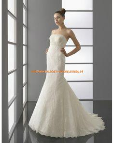Bodenlange Brautkleid mit Spitze im Meerjungfrauenstil online 2013