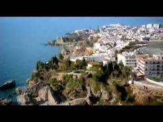 Andalucía es de cine - Nerja -: Sus más de 300 días de sol atrajeron el interés de los producgtores de la serie 'Verano Azul'.