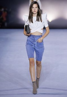 Balmain, Fashion Hub, Runway Fashion, Fashion Trends, Vogue Russia, Vogue Paris, Chic Outfits, Spring Summer Fashion, Denim Skirt