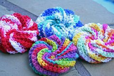 Spiral scrubbies: Neon Yellow,  orange, white, green, and black.  I got #18 catfish line. Cheap, from Walmart.  It's 260' long, which should make quite a few scrubbies.  These are crocheted.