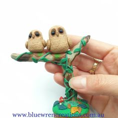 There's no denying that Australian native animals are adorable. Jo from Blue Wren Creations in Tasmania loves sculpting loveable whimsical miniature Australian native animals, mushrooms, fungi & botanical earrings. Cottagecore, Australiana art and gift ideas. Follow along on Facebook & Instagram for cottagecore art updates, & pop over to the website to see what's currently available.