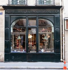 Astier de Villatte, 173 Rue Saint-Honoré, 75001, Paris. Said to be the shop of Napoleon's silversmith. Founded in 1996 by Ivan Pericoli and Benoît Astier de Villatte, the company opened the Saint-Honoré store in 2000. Known for its white glazed handmade pottery, candles, fragrances, paper products, &c. Christopher Sturman, Amy Lipkin, and Graeme Maclean made a lovely 14-minute film about the shop in 2014, www.vogue.com/culture/article/short-film-paris-ceramics-astier-de-villatte/#1.