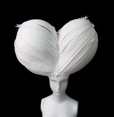 Marie Antoinette Paper Wigs - Paper Cut Project Decorates The Bay's Holiday Window Displays (GALLERY)