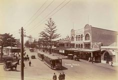 The Corso,Manly in the Northern Beaches region of Sydney in the early toward the beach,with trams,cars and a hansom cab. Australia Beach, Sydney Australia, Manly Sydney, Avalon Beach, Bronte Beach, Sydney Beaches, Manly Beach, Sydney City, Back In The Day