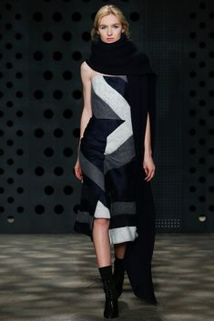 See the complete ADEAM Fall 2015 Ready-to-Wear collection.