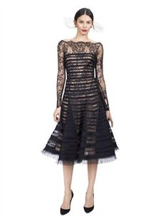 Off the shoulder and sleeves! Like the lace and layered fabric. But not the colour obviously..
