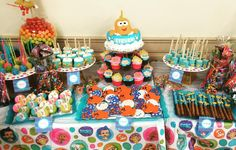 Bubble Guppies 2nd Birthday #desserttable #cakepops #chocolatecoveredoreos #krispietreats #chocolatedippedmarshmellows #sugarcookies #bubble #2 #goldfish #chocolatecoveredpretzels