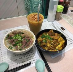 Learn what are Chinese Meat Food Preparation Cute Food, Good Food, Yummy Food, Asian Recipes, Healthy Recipes, Healthy Food, Breakfast Lunch Dinner, Food Goals, Aesthetic Food