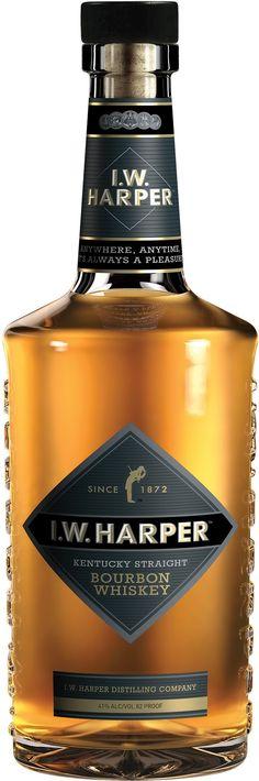 I.W. Harper Kentucky Straight Bourbon Whiskey | @Caskers