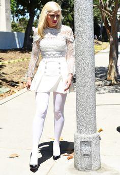 Gorgeous Wonder in White - Sexy Gwen Stefani