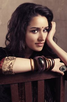 Shraddha Kapoor is one of the most beautiful Indian film actress and singer who appears in Bollywood films. So, Here are 15 best Shraddha Kapoor photos for mobile wallpapers. Bollywood Girls, Indian Bollywood, Bollywood Fashion, Bollywood Style, Beautiful Bollywood Actress, Beautiful Indian Actress, Beautiful Actresses, Indian Celebrities, Bollywood Celebrities