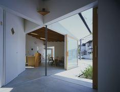 Workshop Gallery Koti / Naoko Horibe / Japan