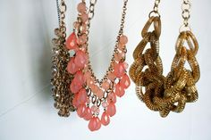 favorite spring necklaces! :)    http://homegrown-chic.blogspot.com/