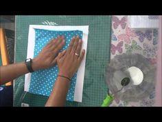 Neste vídeo você vai aprender a plastificar tecido para fazer forro de necessaires de forma bem fácil! Patches, Youtube, Sewing, Bb, Towels, Tejidos, Creativity, Scrappy Quilts, Craft
