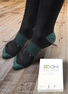 Copper Zen Socks - Copper-infused graduated compression socks that reduce pain and swelling. These unique socks help to boost circulation and relieve tired feet & legs. Copper Socks, Swollen Ankles, Foot Odor, Unique Socks, Healthy Blood Pressure, Tired Feet, Daily Facts, Muscle Fatigue, Improve Blood Circulation