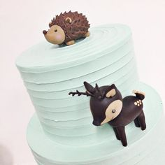 The cutest little animals by @kyongs_cakesncrafts & lined buttercream by…