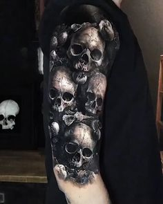 32 Unique Wrist Tattoos For Guys – Sleeve Ideas – Wrist Designs Skull Sleeve Tattoos, Skeleton Tattoos, Best Sleeve Tattoos, Body Art Tattoos, Evil Tattoos, Badass Tattoos, Black Tattoos, Dragon Tattoos, Amazing Tattoos