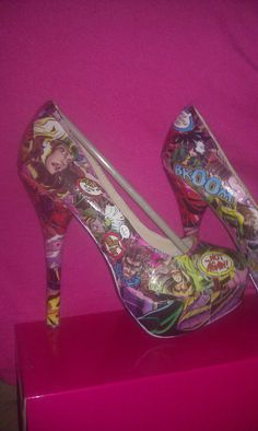 @Gaby Baez - Rogue shoes for your costume?