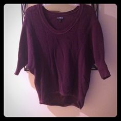 Maroon stretchy Express sweater Stretchy Express sweater. Maroon colored. Quarter length sleeves. XS but fits more like a Medium. Super cozy, looks great with jeans Express Sweaters