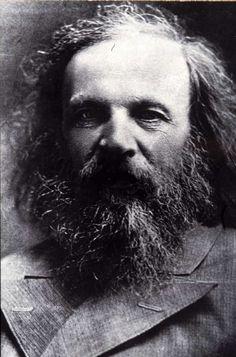 """DMITRI IVÁNOVICH MENDELÉIEV (8 de febrero de 1834 Tobolsk, Rusia / 2 de febrero de 1907, San Petersburgo) Su investigación principal fue la que dio origen a la enunciación de la ley periódica de los elementos, base del sistema periódico que lleva su nombre. En 1869 publicó su libro """"Principios de la química"""", en el que desarrollaba la teoría de la Tabla periódica de los elementos."""
