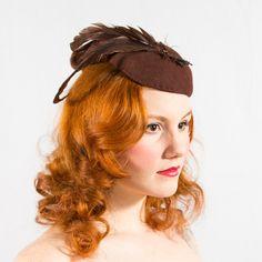 vintage 1940s hat / tilt hat / Sparrow. $38.00, via Etsy.