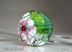 """Astrid Riedel Glass Artist: More inspiration for the Workshops """"Painting"""" with Enamels and fine stringer techniques!"""