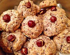 Nussmakronen, ein tolles Rezept aus der Kategorie Kekse & Plätzchen. Bewertungen: 195. Durchschnitt: Ø 4,5.