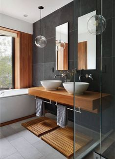Contemporary bathroom design or the bathroom, one of the very visual pieces of a contemporary home! The bathroom offers the possibility to be equipped with bathroom elements at the forefront of design… Next Bathroom, Wood Bathroom, Bathroom Flooring, Bathroom Furniture, Bathroom Lighting, Bathroom Ideas, Bathroom Modern, Bathroom Vanities, Bathroom Cabinets