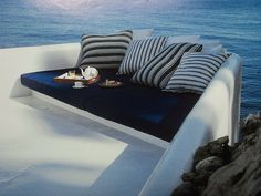 beachcomber: blue and white