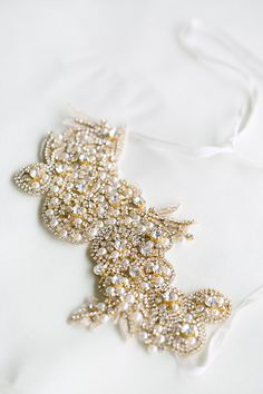 Pearl and rhinestone headband. Lacielle Roselle.  – photo by http://www.amber-lynn-photography.com/