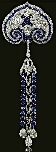 Sapphire and Diamond Brooch/Pendant, circa 1910 (those sapphire are the prettiest color)