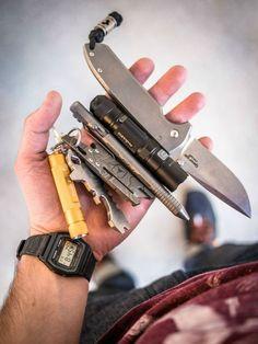 http://www.dailycarry.co Tags everyday carry, edc, pocket dump, casio, daily carry, tactical pen, cree, pocket knife, fenix, fenix flashlight, casio watch, multi-tool