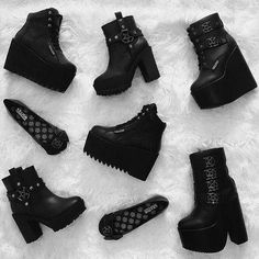 High shoes, for bad girls 🔥❤️ High Heel Boots, Heeled Boots, Shoe Boots, Shoes Heels, High Shoes, Cute Shoes, Me Too Shoes, Goth Boots, Mode Grunge