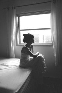 """A poem begins as a lump in the throat, a sense of wrong, a homesickness, a lovesickness."" — Robert Frost (sephora venites by José de Holanda)"