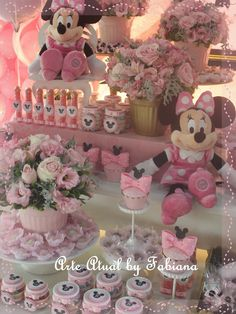 Bem Vindo!: Decoração Minnie Rosa Minie Mouse Party, Minnie Mouse Baby Shower, Minnie Mouse Pink, Mickey Party, Minnie Birthday, 1st Birthday Girls, Paris Birthday Parties, Disney Bridal Showers, Mouse Parties