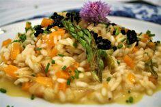 Recetas con espárragos: risotto de calabaza y espárragos trigueros