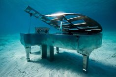 Mexicos famous diving spot, Manchones Reef, youll find a collection of over 400 underwater statues that comprise one of the worlds most unusual museums, the Cancun Underwater Museum. Piano, A.P.