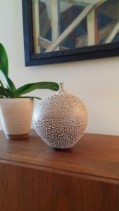 Handmade modern ceramic pottery vase by Keiko Coghlin, Matilda Morgan Ceramics