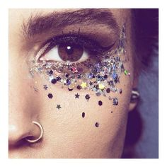 With V Fest right around the corner, why not let #SecretSpa get you ready? Book in today for all your beauty needs! ✨ #vfest #vfestival #summer #glitter #makeup #fest #festival #mua #makeupartist #beauty #boho #fashion #trend #bblogger #style #sunshine #music #inspo #london #mobilebeauty