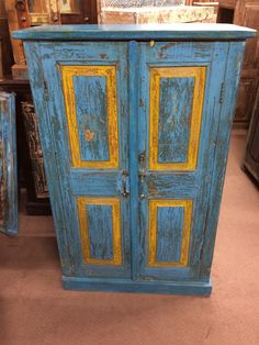 Painting Antique Furniture, Indian Furniture, Antique Paint, Colorful Furniture, Paint Furniture, Farmhouse Style Furniture, Brighton And Hove, Selling Furniture, Distressed Furniture