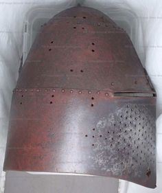 Great Helm, National Museums Scottland, Edinburgh 1360-1390 English ref_arm_1461_004