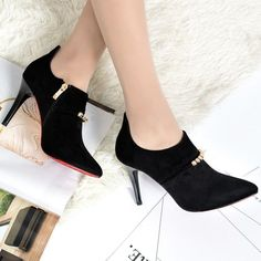 Women's Pointed Toe Martin Boots Side Zipper Scrub High Hell Shoes