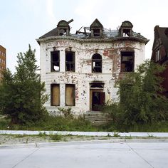 From Kevin Bauman's 10 year photography project, '100 abandoned houses'   Brush Park, Detroit