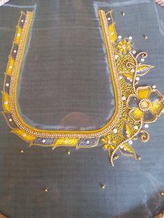 Netted Blouse Designs, Saree Tassels Designs, Cutwork Blouse Designs, Best Blouse Designs, Simple Blouse Designs, Border Embroidery Designs, Hand Work Embroidery, Applique Designs, Patch Work Blouse Designs