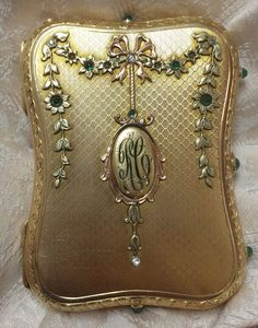 Vintage 14k Solid Gold Compact, French Or Russian, 212.3 Grams, Emerald