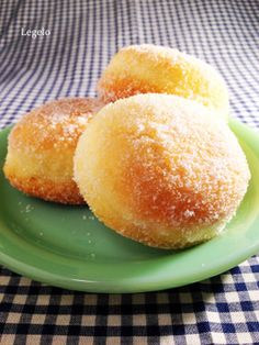 フライパンに油1cmで♪ふっくらドーナツ Donut Recipes, Sweets Recipes, Cooking Recipes, Easy Sweets, Cute Donuts, Japanese Sweets, Japanese Food, Dessert Bread, Desert Recipes