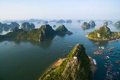 Záliv Halong, Vietnam