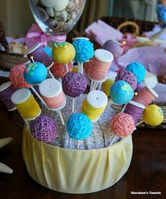 37 Best Ideas For Baby Shower Party Themes Cake Pop Baby Shower Brunch, Shower Party, Baby Shower Parties, Baby Shower Themes, Shower Cake, Shower Ideas, Lalaloopsy, Cakepops, Happy Birthday Dog