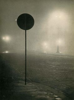 Brouillard a Paris, 1948  Brassai: Simple but expressive. Not a lot of art like this nowadays.