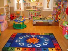 home daycare setup - Yahoo Image Search Results Daycare Setup, Daycare Design, Daycare Organization, Daycare Ideas, Playroom Ideas, Daycare Spaces, Home Daycare, Daycare Crafts, Preschool Rooms